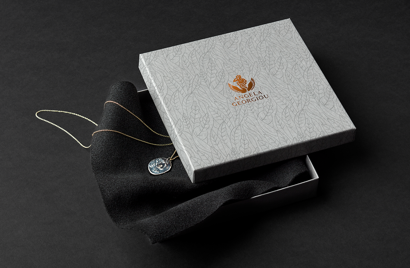 Angela-Georgiou-pattern-packaging-box-jewellery